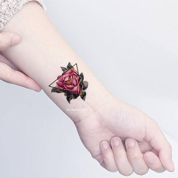 Vintage Rose Wrist Tattoo Ideas For Women Watercolor Floral Flower Triangle Linework -  ideas de tatuaje rosa - www.MyBodiArt.com