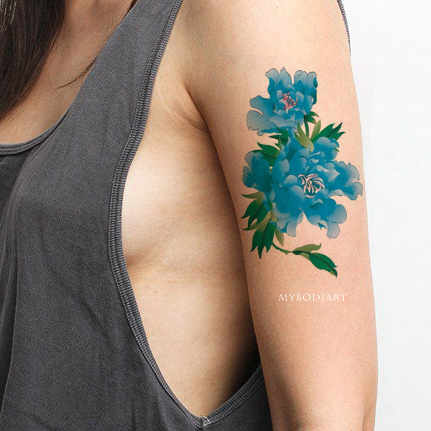 Realistic Watercolor Blue Floral Flower Arm Temporary Tattoo Ideas for Women -  Ideas de tatuajes con hermosas flores florales azules para mujeres - www.MyBodiArt.com