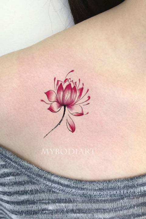 Cute Watercolor Lotus Small Floral Flower Shoulder Tattoo Ideas for Women -  Ideas del tatuaje del hombro de la flor para las mujeres - www.MyBodiArt.com