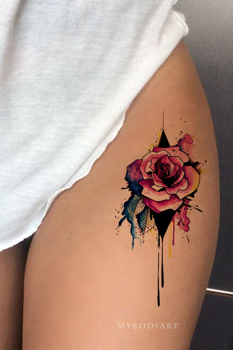 Unique Melting Watercolor Floral Flower Rose Thigh Tattoo Ideas for Women -  idées de tatouage rose cuisse - www.MyBodiArt.com #tattoos