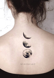 Black Cool Moon Phases Back Tattoo Ideas for Women - cool moon tattoo ideas for women - Ideas de tatuaje de luna fresca para mujeres - www.MyBodiArt.com