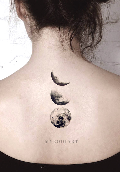Solenca Black and White Crescent to Full Moon Phases Nature