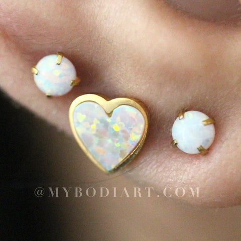 Cute Multiple Ear Piercing Ideas for Teenagers - Beautiful Opal Heart 16G Earring Stud in Gold for Cartilage, Helix, Conch, Tragus - Linda oreja múltiple Piercing Ideas para adolescentes - www.MyBodiArt.com #earrings