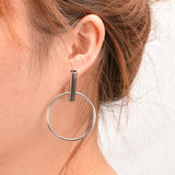 Modern Ear Piercing Ideas for Women - Geometric Circle Hoop Earrings -  pendientes de círculo geométrico - www.MyBodiArt.com