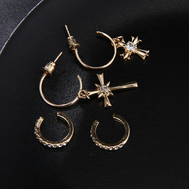 Cute Simple Multiple Ear Piercing Ideas - Cross Hoop Earring Set Earlobe Rings in Silver or Gold -lindas ideas para perforar múltiples orejas - www.MyBodiArt.com #earrings
