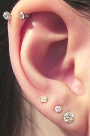 Cute Triple Lobe Ear Piercing Ideas - Large Crystal Earring Studs - lindas ideas múltiples de perforación del oído para las mujeres - www.MyBodiArt.com
