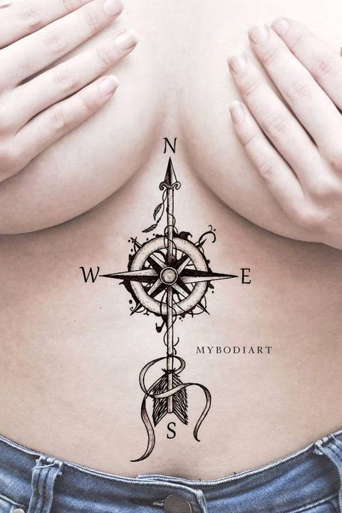 Popular Compass Arrow Sternum Tattoo Ideas for Women Wanderlust Black Cleavage Temporary Tats -  Ideas de tatuaje de brújula de flecha para mujeres - www.MyBodiArt.com