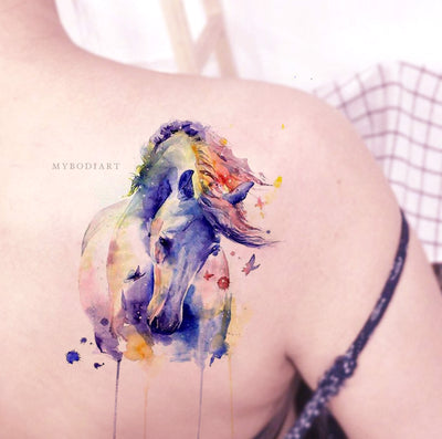 Beautiful Watercolor Horse Shoulder Back Temporary Tattoo Ideas for Women - Ideas del tatuaje del hombro del caballo para las mujeres - www.MyBodiArt.com