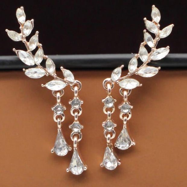 Fancy Ear Piercing Ideas for Women - Crystal Drop Leaf Ear Climber Crawler Earrings -  Fancy Ear Piercing Ideas para Mujeres - Crystal Drop Leaf Ear Climber Pendientes de correa eslabonada - www.MyBodiArt.com