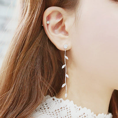 Cute Crystal Leaf Drop Chain Earrings for Teenagers Statement Jewelry -  Pendientes colgantes de hojas de cristal para adolescentes - www.MyBodiArt.com