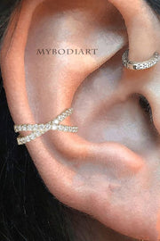 Simple Conch Ear Piercing Jewelry Ideas for Women - Criss Cross X Ear Cuff Earrings in Silver -  ideas de joyería piercing en la oreja - www.MyBodiArt.com