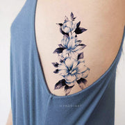 Pretty Cute Floral Flower Blue Watercolor Rib Tattoo Ideas for Women -  Ideas de tatuaje de costilla de flor de acuarela azul para mujeres - www.MyBodiArt.com