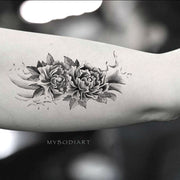 Cute Black Rose Arm Sleeve Tattoo Ideas for Women -  Ideas de tatuaje de brazo rosa para mujeres - www.MyBodiArt
