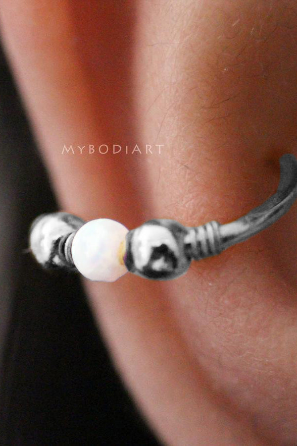 Simple Ear Piercing Ideas Cartilage Helix Hoop Ring Opal Silver Earring -  la perforación del oído - www.MyBodiArt.com