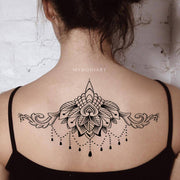 Popular Chandelier Lotus Mandala Back Tattoo Ideas for Women - Trending Boho Tribal Black Henna Spine Tat -    Ideas de tatuaje de loto atrás - www.MyBodiArt.com