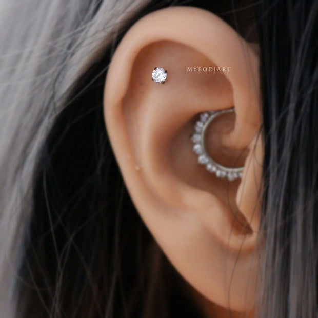 Cute Ear Piercing Ideas for Women Swarovski Crystal Helix Cartilage Earring Stud 16G -  lindas y simples ideas para perforar orejas - www.MyBodiArt.com