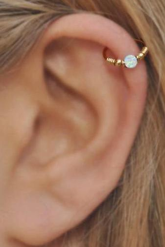 Simple Cute Cartilage Ear Piercing Ideas for Teens for Women Opal Gold Helix Earring ideas de piercing de orejas de cartílago lindo y simple - www.MyBodiArt.com
