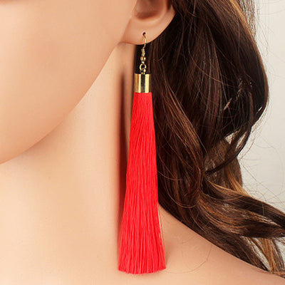 Ethnic Ear Piercing Ideas for Women Bohemian Boho Cool How to Wear Tassel Earrings Fashion Statement Trend -   pendientes borla bohemios - www.MyBodiArt.com