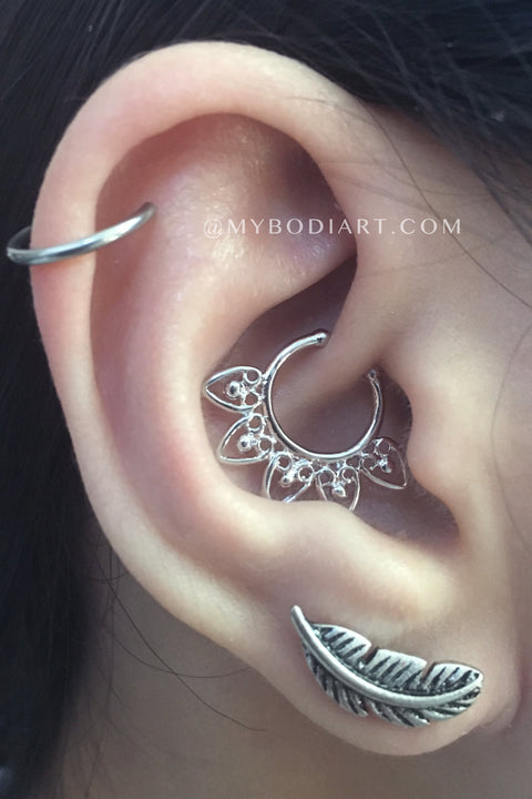 leaf cartilage piercing jewelry - fun popular ear piercing ideas for teenagers boho cartilage ring feather leaf lobe stud earring daith hoop silver 16g - www.mybodiart.com