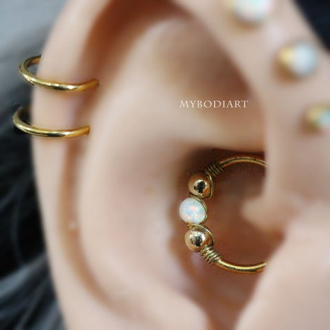 Cute Opal Gold Daith Ear Piercing Jewelry Ideas for Women -  ideas de joyería piercing del oído - www.MyBodiArt.com