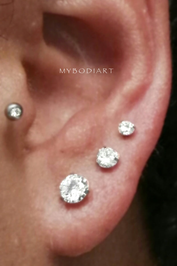 Simple Triple Lobe Ear Piercing Ideas - Large Crystal Earring Studs - lindas ideas múltiples de perforación del oído para las mujereswww.MyBodiArt.com