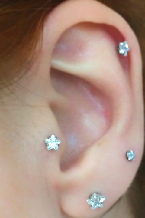 Lucky Swarovski Star Ear Piercing in Gold