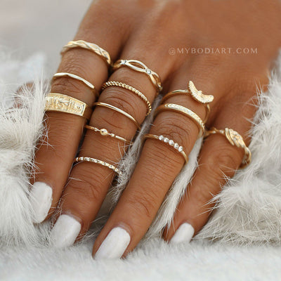 Cute Boho Rings Set Fashion for Teens that are Unique & Stackable Jewelry - lindo conjunto de anillos apilables - www.MyBodiArt.com