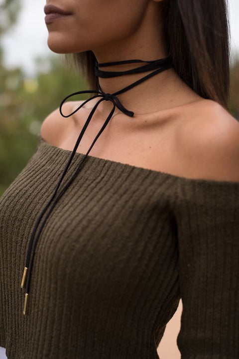 How to Wear a Choker with Outfit Ideas at MyBodiArt.com