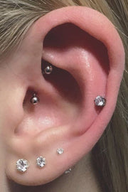 Cute Multiple Ear Piercing Placement Jewelry Ideas for Women -  lindas ideas de joyería para piercing en la oreja - www.MyBodiArt.com #piercings #earrings
