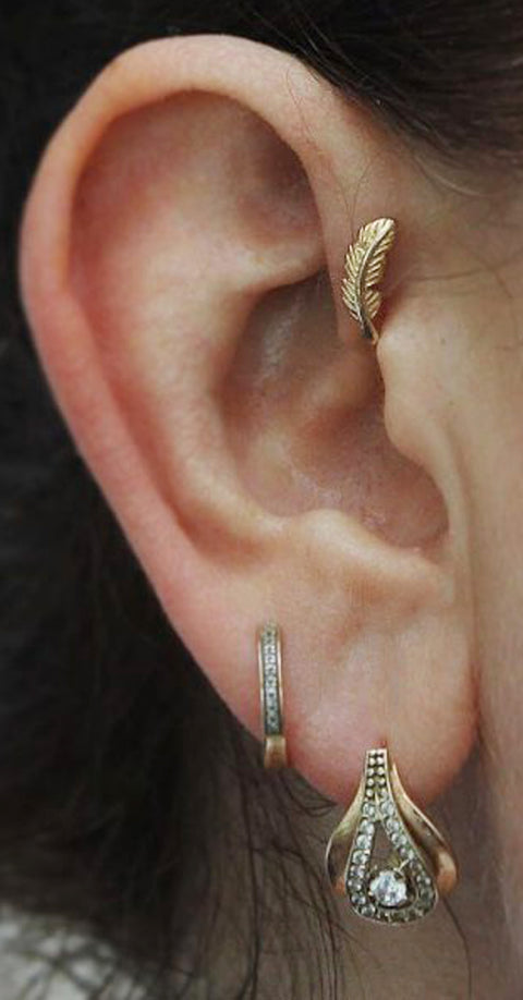 Cute Ear Piercing Ideas Gold Leaf Forward Helix Earring Stud -  lindas orejas piercing ideas para las mujeres - www.MyBodiArt.com