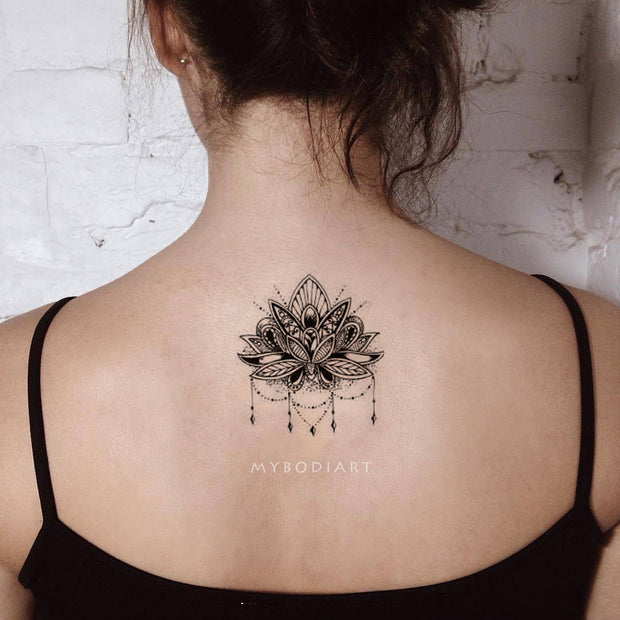Cool Black Henna Chandelier Mandala Back Spine Tattoo Ideas for Women -  Ideas de tatuajes para mujeres - www.MyBodiArt.com
