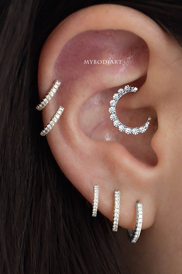 Cute Simple Daith Ear Piercing Jewelry Ideas for Women -  lindas ideas de joyas para mujeres - www.MyBodiArt.com #daith
