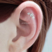 Beautiful Simple Triple Crystal 3 Flower Cartilage Helix Ear Piercing Jewelry Ideas for Women -  ideas simples de joyería piercing de oreja - www.MyBodiArt.com #piercings