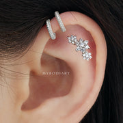 Simple Triple Crystal Cartilage Ear Piercing Jewelry Ideas for Women -  ideas de piercing de orejas de cartílago de flores - www.MyBodiArt.com #earrings