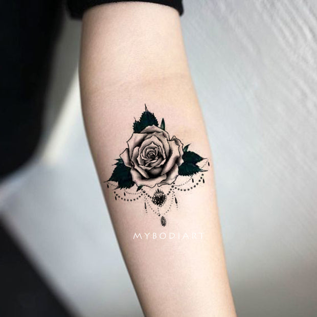 Trendy Gothic Black Rose Chandelier Forearm Tattoo Ideas for Women -  Ideas de tatuaje de antebrazo rosa negro para mujeres - www.MyBodiArt.com