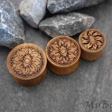 Wooden Lotus Ear Plugs, Flesh Tunnels, Ear Gauges