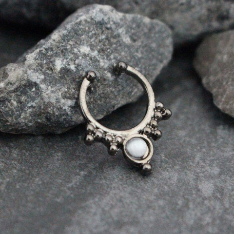 Blackline Fake Septum Piercing with Cat's Eye Opal Gemstone