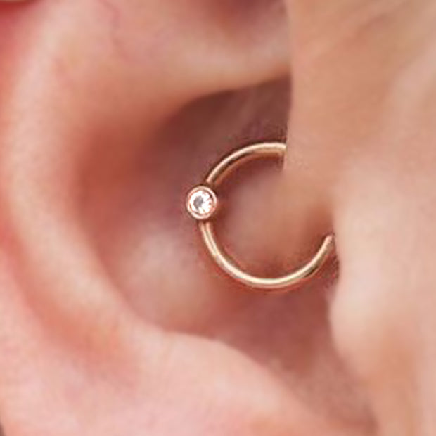 Cute Simple Minimalist Crystal Gold Ring Daith Ear Piercing Ideas for Women -  lindo oreja joyas piercing ideas - www.MyBodiArt.com