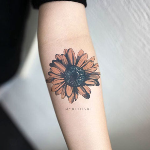 Cute Watercolor Sunflower Forearm Tattoo Ideas for Women -  Ideas lindas de tatuaje de antebrazo de girasol para mujeres - www.MyBodiArt.com