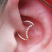 Cute Moon Daith Ear Piercing Ideas for Women -  Ideas lindas y únicas para las mujeres - www.MyBodiArt.com