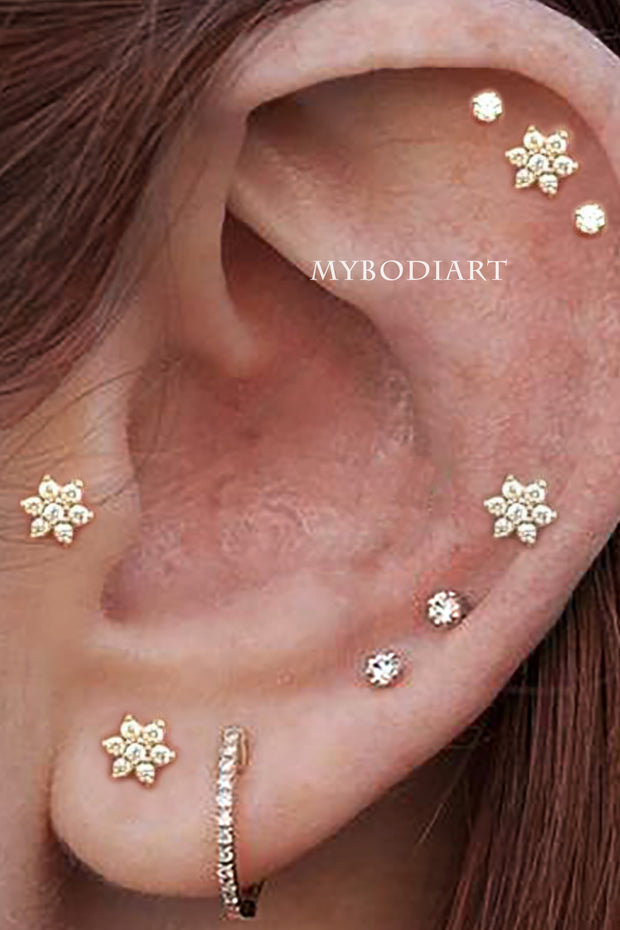 Cute Crystal Flower Multiple Cartilage Helix Tragus Conch Ear Piercing Jewelry Ideas for Women -  lindas ideas de piercing de oreja - www.MyBodiArt.com #earrings