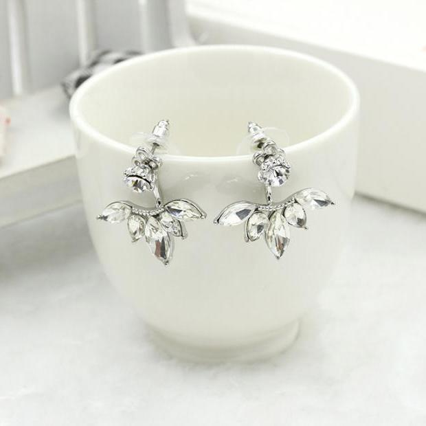 Womens Silver Crystal Chandelier Earrings at MyBodiArt.com