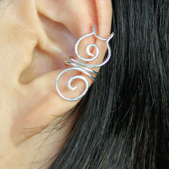 Minimal Ear Piercing Ideas - Wired Conch Ear Piercing Hoop - MyBodiArt.com