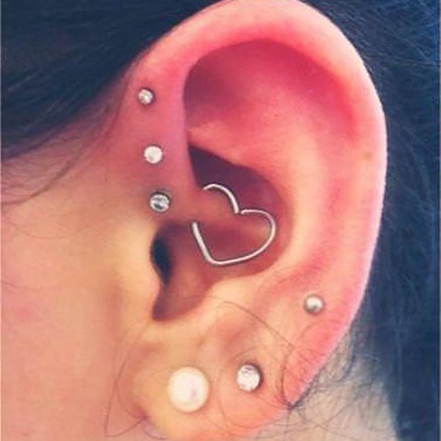 Cute Heart Daith Earring Multiple Ear Piercing Jewelry Ideas -  múltiples ideas para perforar orejas - www.MyBodiArt.com