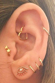 Cute Gold Wired Heart Rook Multiple Ear Piercing Jewelry Ideas for Women -  Ideas de piercing de oreja de corazón de oro lindo para mujeres - www.MyBodiArt.com