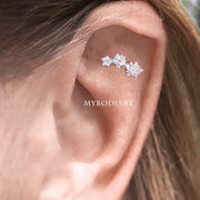 Cute Triple Crystal Cartilage Helix Ear Piercing Jewelry Ideas for Women -  lindas ideas de joyas para mujeres - www.MyBodiArt.com #earrings