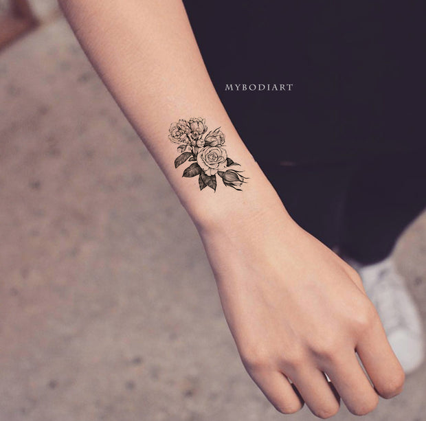 Small Vintage Black Rose Outline Wrist Floral Flower Temporary Tattoo Ideas for Women - Rosa pequeña muñeca tatuaje ideas para mujeres - www.MyBodiArt.com #tattoos