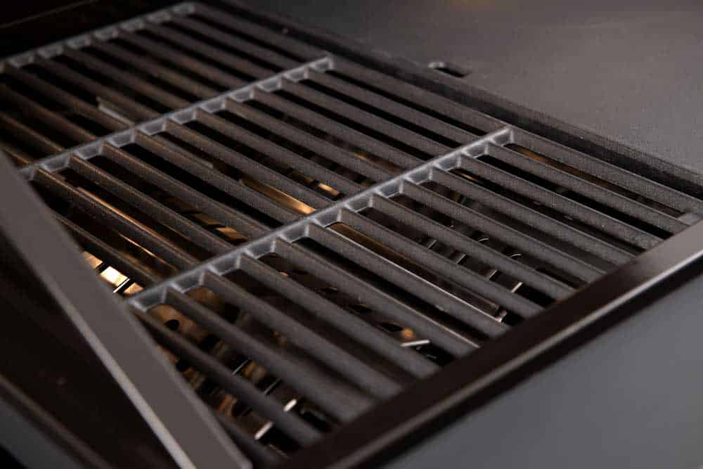 PEAL900RBQBL – 4 Burner Black Built-In BBQ
