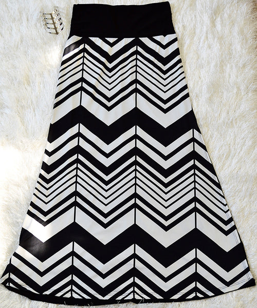 Chevron Black/White Skirt