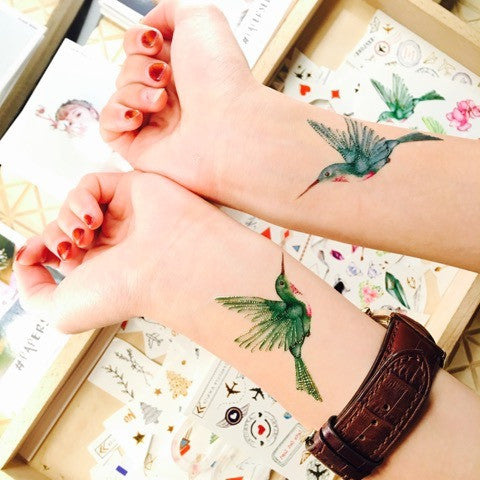 paperself watercolour hummingbird temporary tattoo